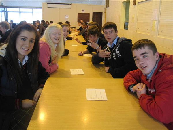 5th year students welcome the girls from Coláiste Bríde, Enniscorthy for a morning of Speed Dating 'trí ngaeilge'. I trust ''an d'tagann tú anseo go minic?' was among the chat up lines. Well done to the Irish department for an interesting initiative.